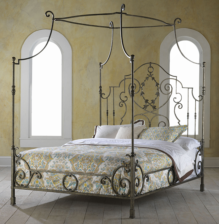 Hh11 136 Ma Couronne King Metal Bed